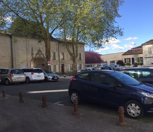 La rive droite, ici près de l'Abbaye-aux- Dames, est toujours appréciée. Photo Ph.B.